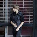 Justin Bieber's Impromptu Hooters Performance