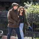 Keri Russell and Matthew Rhys out in Brooklyn - 454 x 568