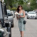 Daisy Lowe – Spotted while out walking her dog in London - 454 x 573