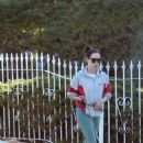 Aubrey Plaza – Stroll with her pups in Los Angeles - 454 x 681