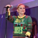 Jeanette Biedermann – At Christmas Charity Event for Homeless People in Berlin - 454 x 294