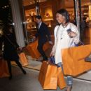 Brandy Norwood – Shopping in Beverly Hills - 454 x 474
