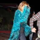 Nicole Richie At Nobu Hiding After Dinner With Joel Madden, 2008-09-01 - 454 x 627