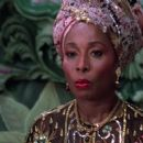 Madge Sinclair - 454 x 255