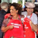 Minnie Driver – Los Angeles Mission Hosts Thanksgiving Event For The Homeless - 454 x 574