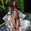 Tatiana Kovylina - Victoria's Secret Fashion Show 2009 - November 19, 2009 - 454 x 658