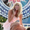 Miley Cyrus - 454 x 654