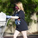Ariel Winter – Showing legs while shopping for groceries in Los Angeles