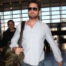 Gerard Butler-February 23, 2015-Arrives at LAX