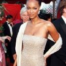 Tyra Banks At The 70th Annual Academy Awards (1998) - 236 x 548