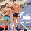 Cristiano Ronaldo shows off his impossibly ripped physique as he larks around with bikini-clad beauty during Spanish yacht trip - 454 x 642