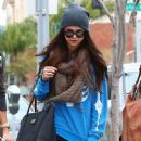 Selena Gomez with girlfriends in Beverly Hills, Ca January 24th,2013 - 448 x 594