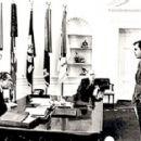 Ron Ziegler - 454 x 287