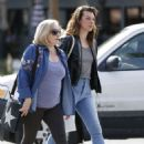 Milla Jojovich with her mother Galina Loginova in West Hollywood - 454 x 623