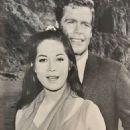 Nancy Kwan - Movie News Magazine Pictorial [Singapore] (May 1968) - 454 x 620