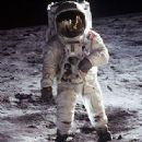 Buzz Aldrin - 335 x 389