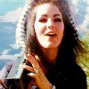 Priscilla Presley - 454 x 455