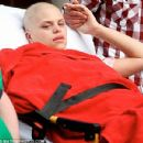 days before her death, Jade Goody going home to die in peace with family around