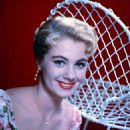 Shirley Jones - 454 x 589