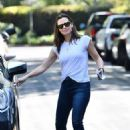 Jennifer Garner – Makes a trip to her new house in Brentwood