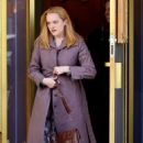 Elisabeth Moss – Filming 'The Kitchen' in New York - 454 x 708