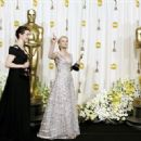 Rachel Weisz and Reese Witherspoon At The 78th Annual Academy Awards (2006) - Press Room - 450 x 321