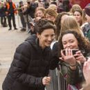 Caitriona Balfe – Filming 'Outlander' in Glasgow