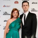 Colin Hanks and Samantha Bryant - 386 x 594