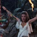 Jane Seymour Live And Let Die - 454 x 244