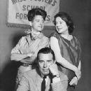 John Forsythe Show:John Forsythe, Ann B. Davis ,Elsa Lanchester - 342 x 440