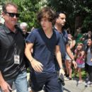 Harry Styles leaves his Florida hotel ahead of a performance (July 1)