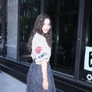 Chloe Bridges – Cast of VH1 New Daytime Series Divas Visit Build Series in NYC 05/31/2017 - 454 x 681