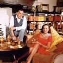 Paulette Goddard, Erich Maria Remarque - 454 x 497