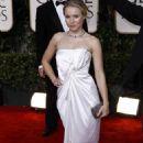Kristen Bell - 67 Annual Golden Globe Awards - Arrivals, Beverly Hills, 17 January 2010