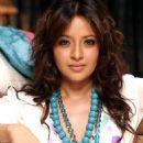 Actress Reema Sen latest photoshoots - 454 x 483