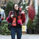 Victoria Justice– Out in New York City 12/04/ 2016 - 454 x 310