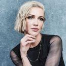"Katie Cassidy – ""Arrow"" Portraits at SDCC 2019 - 454 x 634"