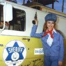 Jeannie C. Riley - 432 x 460