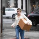 Emma Roberts – Pick up a package at UPS in LA
