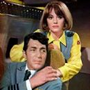 Jacqueline Bisset and Dean Martin
