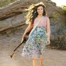 Kacey Musgraves - Redbook Magazine Pictorial [United States] (July 2015) - 454 x 605