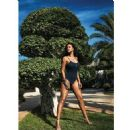 Rihanna - Vogue Magazine Pictorial [United States] (June 2018) - 454 x 454