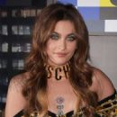 Paris Jackson – Moschino x H&M Fashion Show in New York - 454 x 713