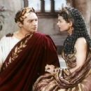 Caesar and Cleopatra - Vivien Leigh - 454 x 312