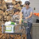 Olivier Martinez and his son Maceo are spotted out grocery shopping at Bristol Farms in West Hollywood, California on April 10, 2016 - 450 x 600