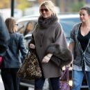 Jessica Simpson out in New York candids - Nov 30 2010
