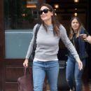 Jennifer Garner – Leaving her hotel in New York - 454 x 681