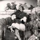Mary Martin - 454 x 568