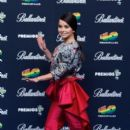 Inna- 40 Principales Awards Photo Call - 397 x 594