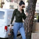 Kendall Jenner –Exit Rage Ground in LA
